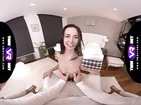 TmwVRnet - Free Dee - Insatiable Brunette Goes Down