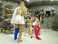 2 Girls With Long Cast Leg Visit A Flower Store Part 1 - VRPussyVision
